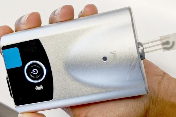 Sensor de suor personalizado monitora de forma confiável a glicose no sangue sem picadas no dedo
